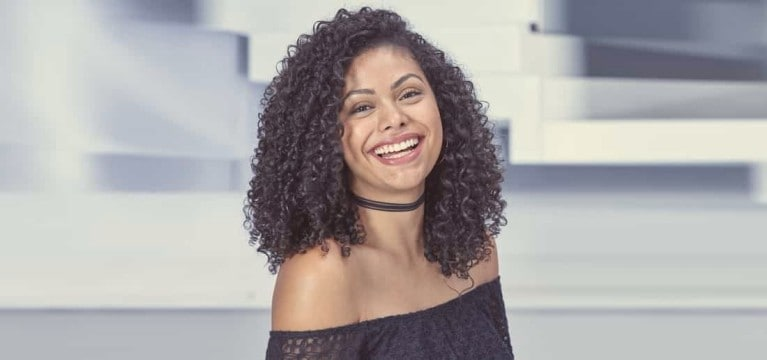 4 styling tips for day-after curls or waves
