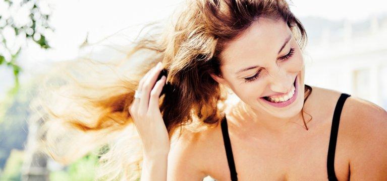 Óleo y agua micelar, lo mejor para tu cabello