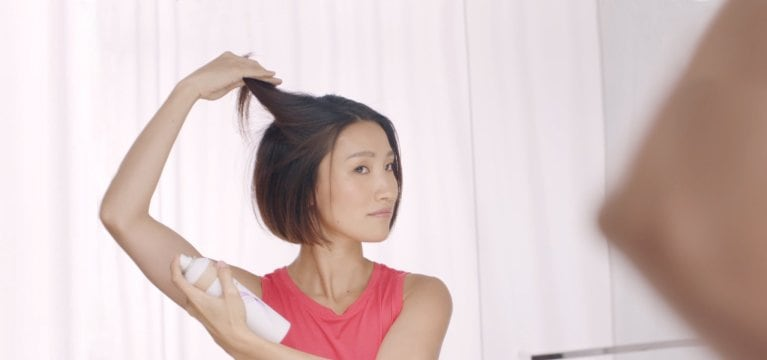 How to treat oily hair