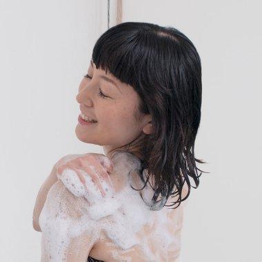 Dove Produk utama untuk membersihkan & merawat kulit